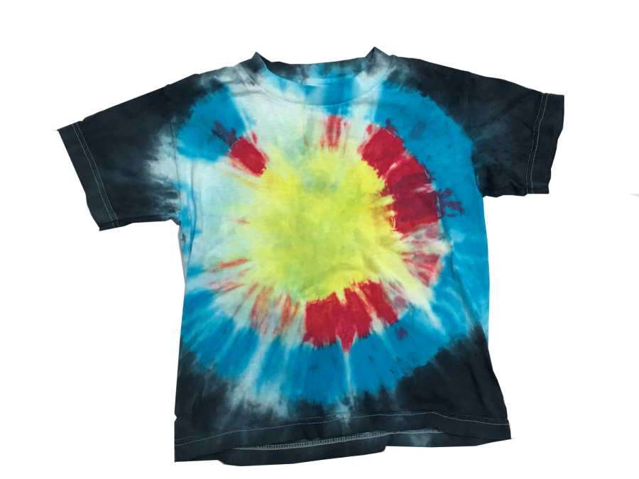 Tie-dye+shirts+are+making+a+comeback+as+a+throwback+fashion+trend.