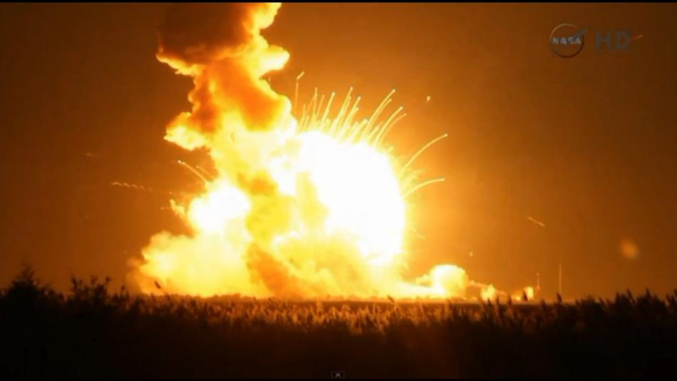 The+Antares+rocket+carrying+Cygnus+Orb-3+explodes+upon+impacting+the+ground%2C+shortly+after+suffering+a+catastrophic+failure+after+launch.