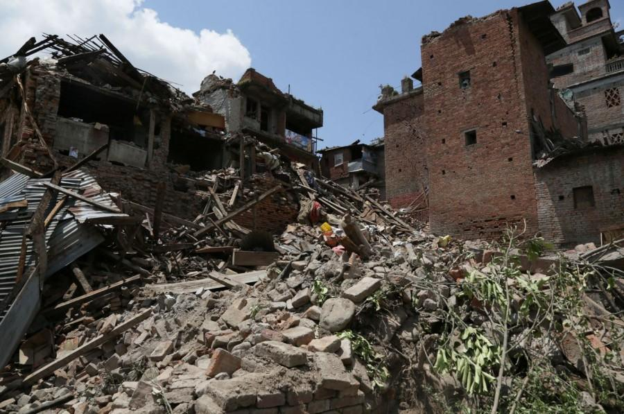 Nepal+is+left+in+ruins+following+a+7.8+magnitude+earthquake.