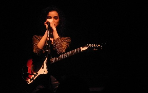 St. Vincent's new guitar hopes to electrify crowds