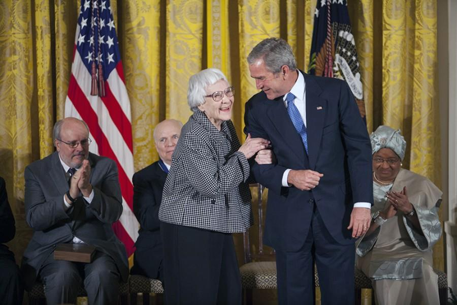 Harper+Lee+received+the+Presidential+Medal+of+Freedom+from+President+George+W.+Bush+in+2007