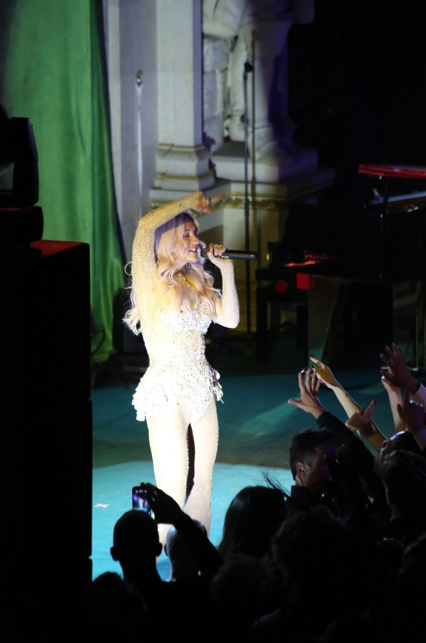 Kesha captivates crowds during her Life Ball performance.
