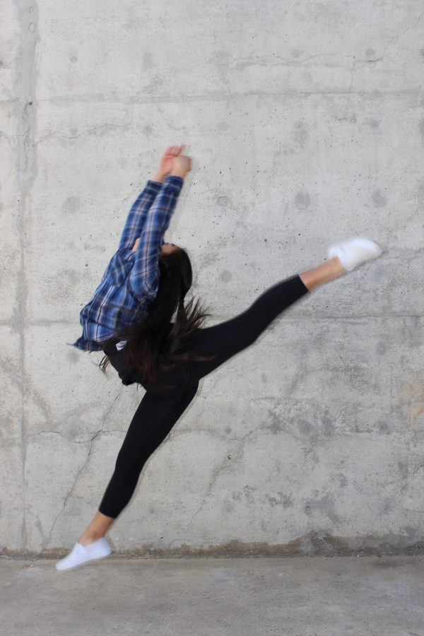 Emily+Yu+demonstrates+her+passion+through+dance.