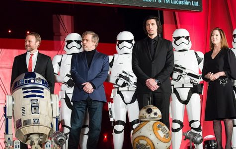 The Star Wars The Last Jedi main cast and characters lining up for a picture in Japan premiere red carpet of the movie.