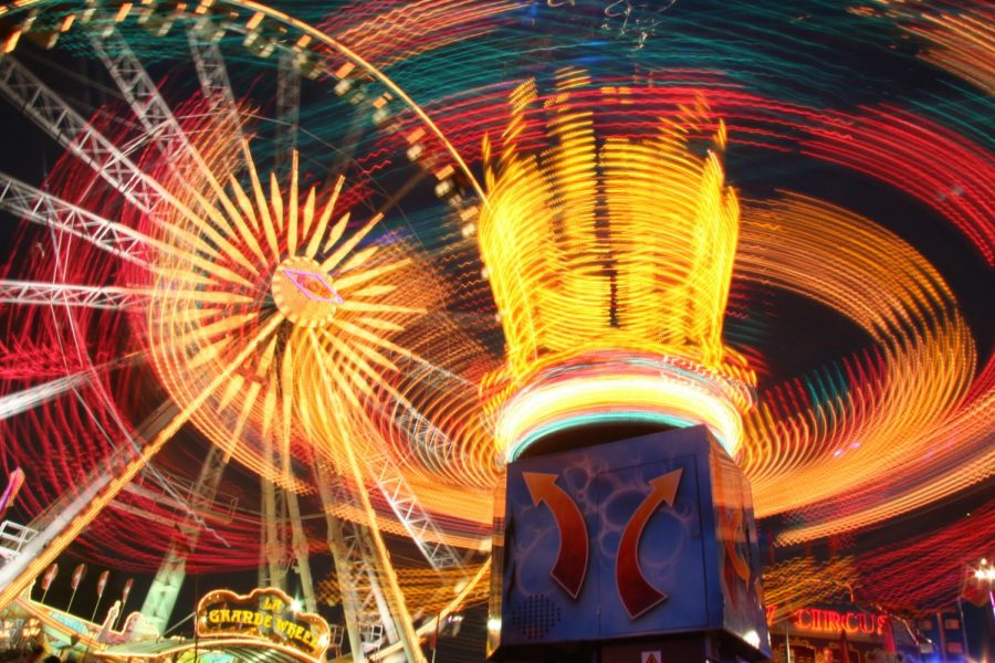 Orange County Ferris Wheels offer an enjoyable ride to fair attendees.