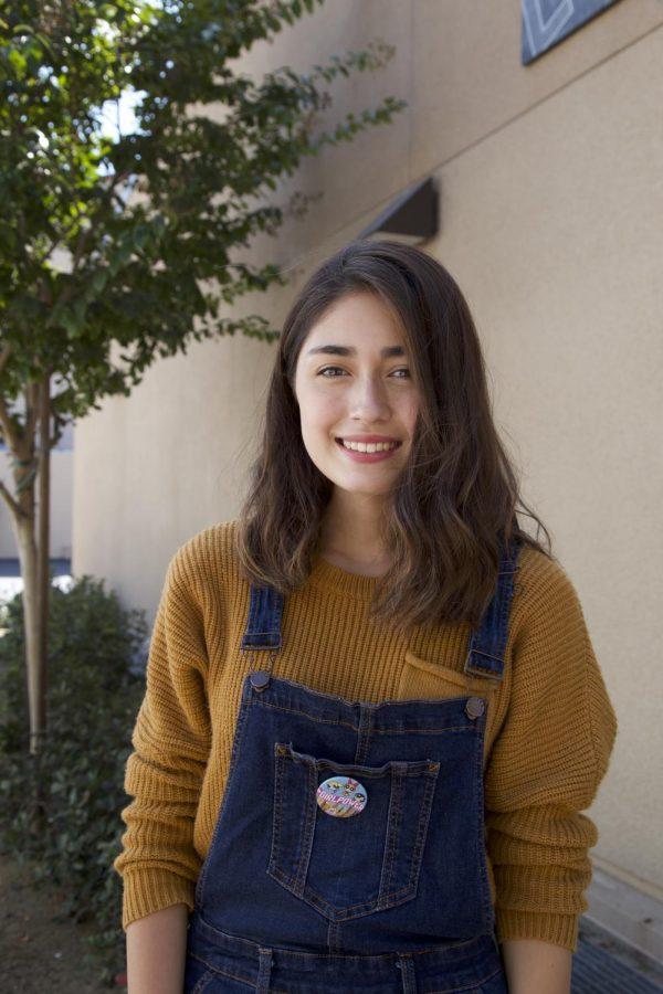 Emily Bell, Senior
