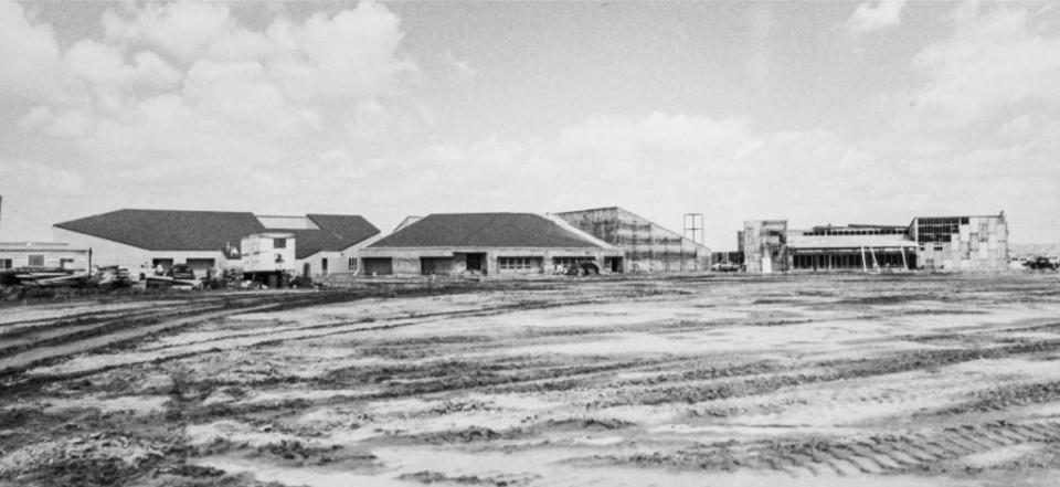 An old image of Woodbridge High under construction in the late 1900s brings back feelings of nostalgia.