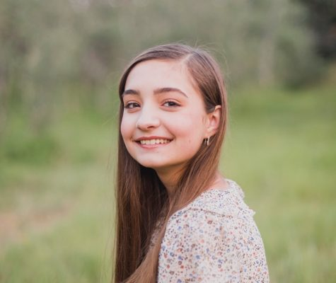 Photo of Chloe Bouton