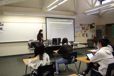 Chinese teacher Joy Chao teaches a hybrid class using learning objectives